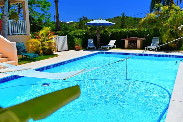Natalia Guest Room & Pool, Bermuda - Warwick - Casa