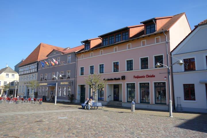 Moderne Ferienwohnung im Seebad Ueckermünde - Ueckermünde - Appartement