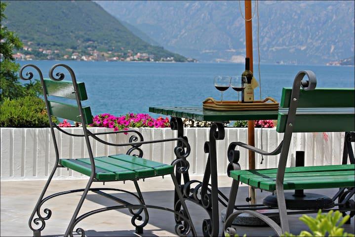 Guest House Tomcuk 1 - Kotor - Villa