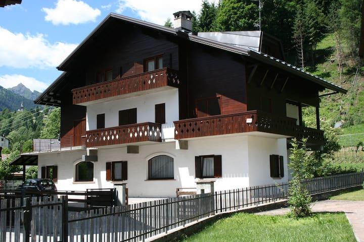 Appartamento nelle Dolomiti - Rocca Pietore  - Lägenhet