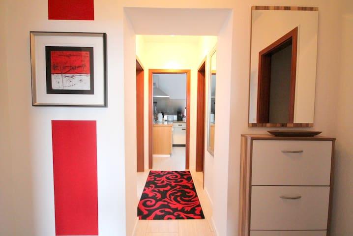 Gemütliche 2-Zimmer Wohnung - vollmöbliert - Schwelm - Leilighet