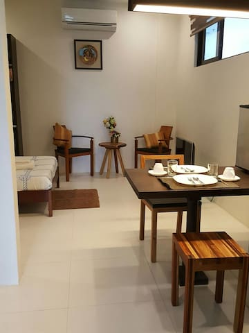 Classy Studio in the City - Bacolod - Departamento