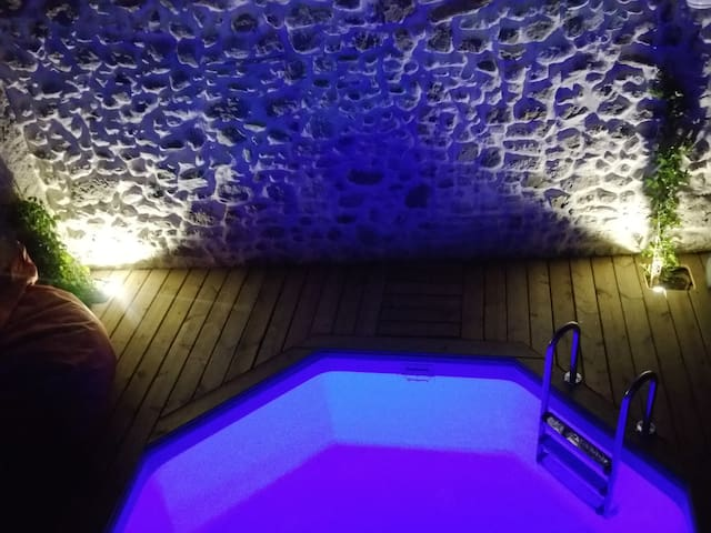 Winemakers house, private pool & cool living areas - Pouzolles - Hus