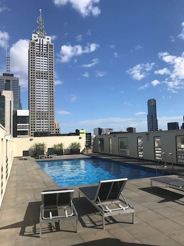 Cosy Apartment with Free Wifi, Mini bar & Netflix - Melbourne - Daire