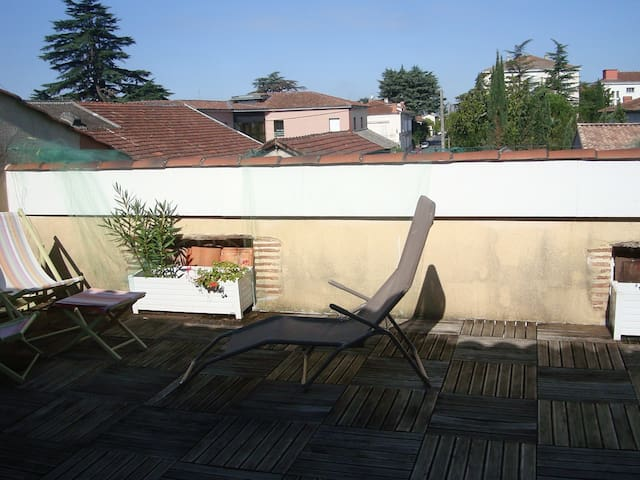 appartement privé dans maison - Villeneuve-sur-Lot - Hus
