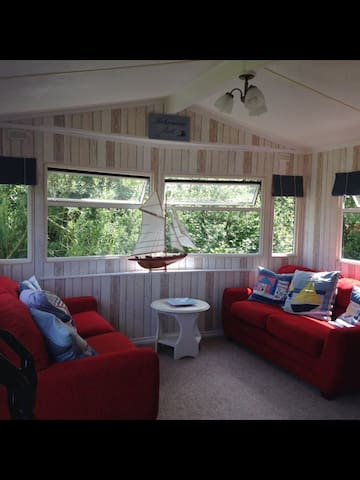 Nautically Themed Static Caravan - Welcombe - Andre
