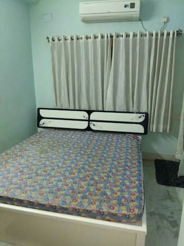 Fully furnished modern guest house - Bidhannagar