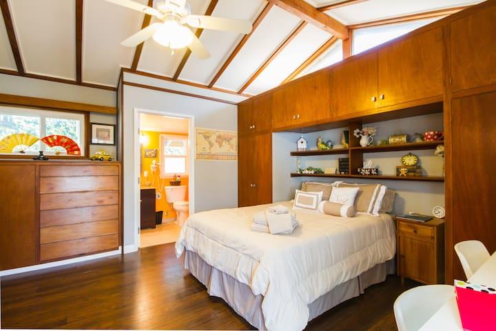 ☆Cozy & Private Suite by Disneyland & Beaches☆ - Santa Ana - Rumah