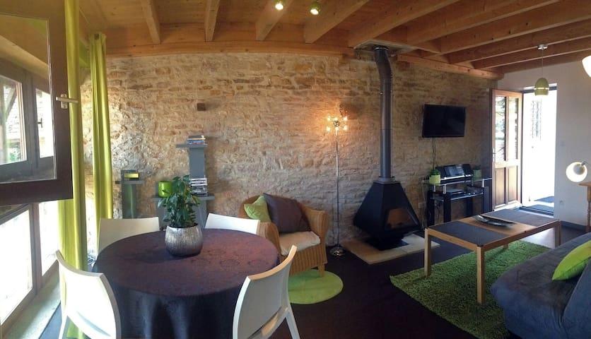 Beau Gîte 4P & piscine en Bourgogne - Champagny-sous-Uxelles - Departamento