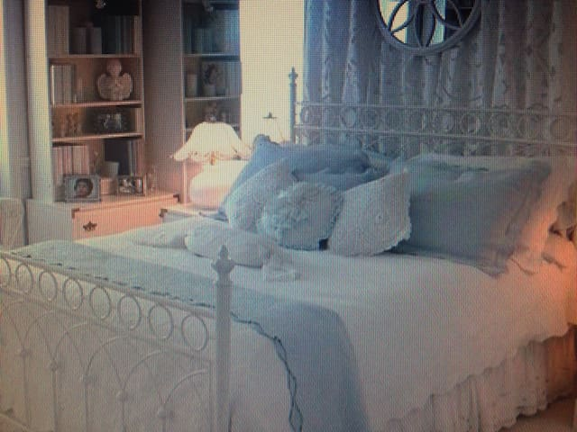 A Parisian room - Saint-Lys