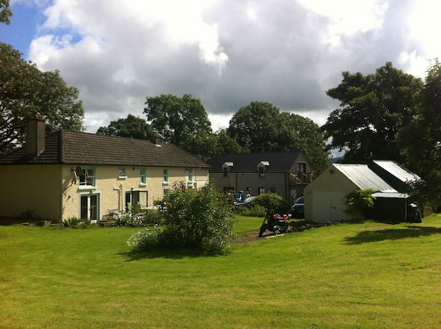 Country Cottage - Rural Retreat - Thomastown - 獨棟