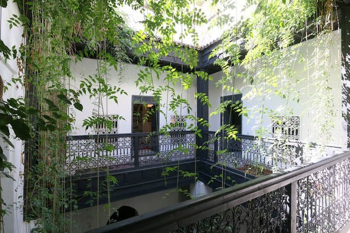 un petit Riad pour un grand relax - Marrakesh - Bed & Breakfast