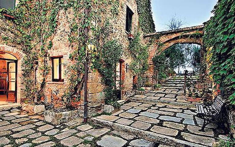 Charming with Hill Views in Tuscany - Taverna sx - Montepulciano - Huoneisto