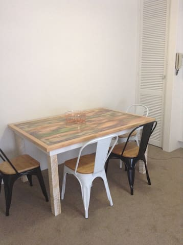 Cute Caringbah one bed unit - Caringbah - Daire