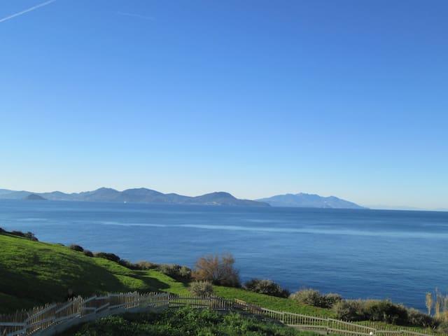 The sea before the front door! - Piombino