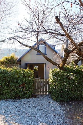 Charming self-contained unit - Arrowtown - Aamiaismajoitus