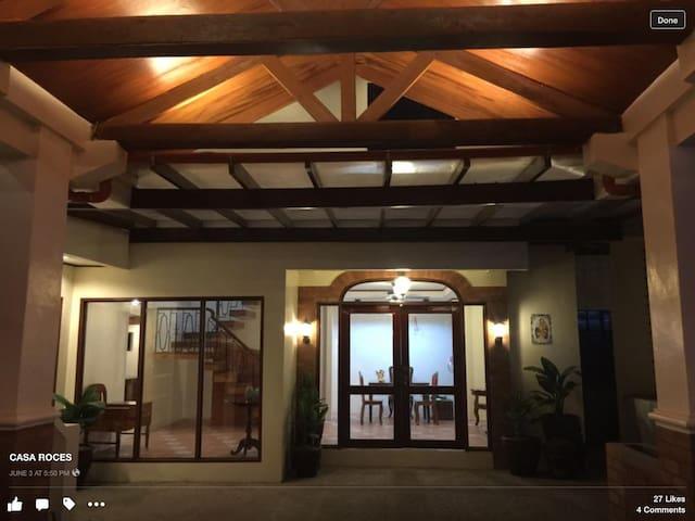 Casa Roces Bed and Breakfast - Legazpi City - Bed & Breakfast