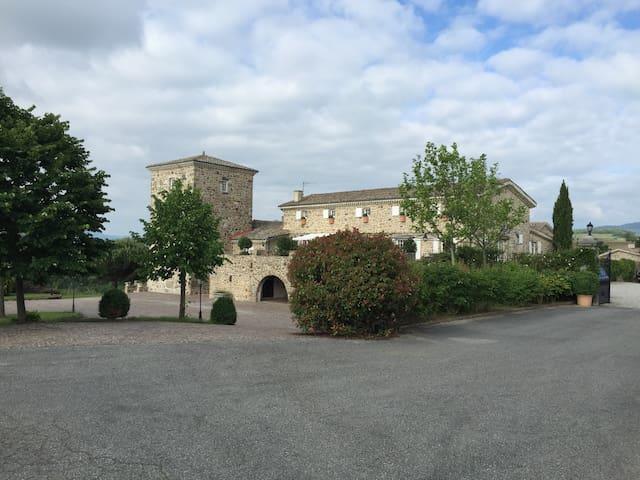 """Domaine du Moulin """"Hibou"""" - Étables - Apartmen"""