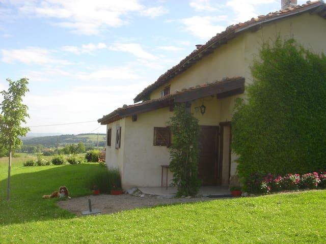 Les Rochettes : ancienne ferme - Saint-Cyr-les-Vignes - Hus
