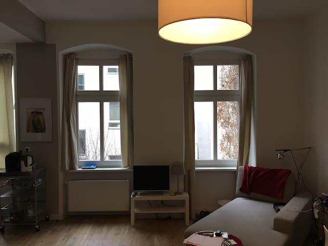 In the Heart of Friedrichshain - Berlin - Appartement