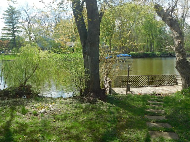 Fox River cottage *Canoe**Kayak* - Port Barrington - Hus