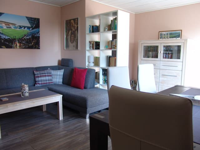 Cosy and comfortable apartment with balcony - Bünde - コンドミニアム