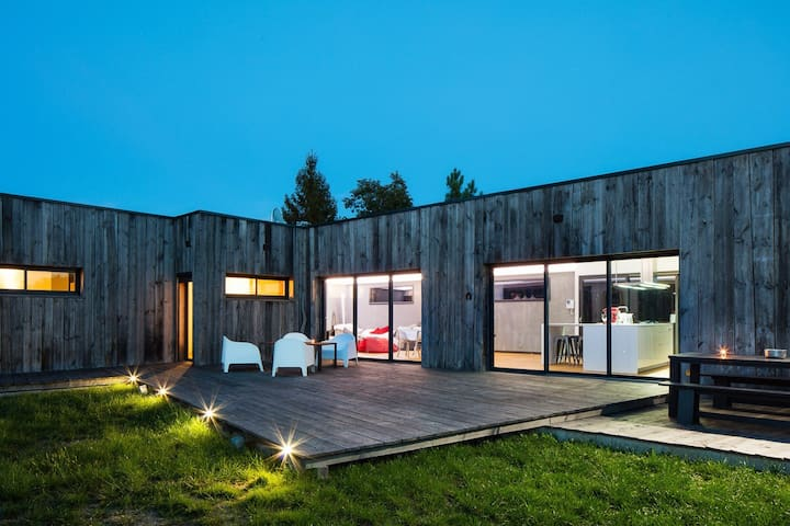 Maison d'architecte avec piscine - St-Jean d'Eyrault - Jordhus