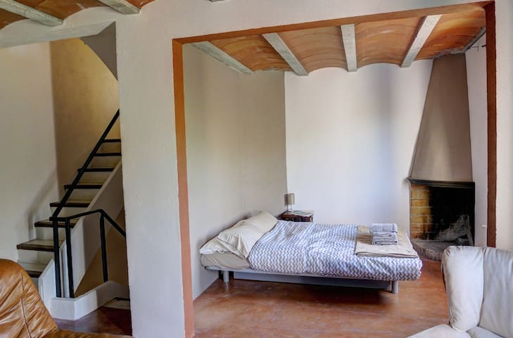 Rustic Home near Sant Pere Beaches - Sant Pere Pescador - Huis