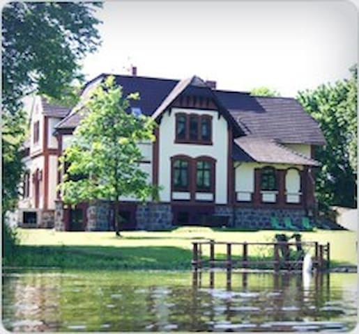 Menor Haus Villa Radekow - Mescherin - Villa