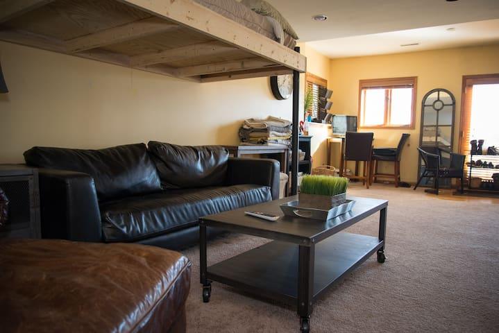 Private Apartment on 5 Acres - Woodstock - Departamento