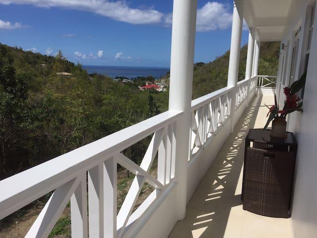 Beautiful apartment with Caribbean sea views, Mero - Mero - Apartamento