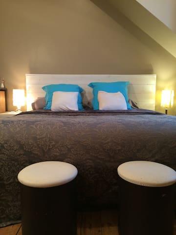 King size bed 160/200 office (desk) - Saint-Brieuc - Ház