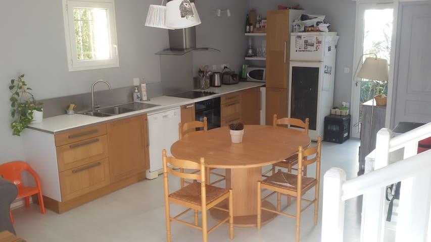 Maison a 2 pas de la plage + piscine - Sainte-Marie - Hus