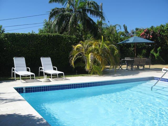 Natalia Studio & Pool, Bermuda - Warwick - Departamento