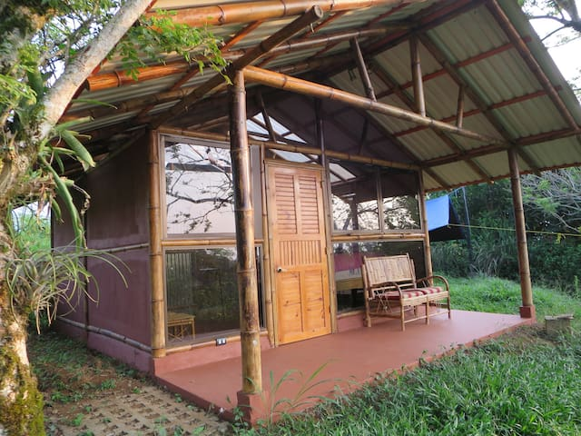 Private Bamboo Cabana with Spectacular View - Turrialba - Cabana