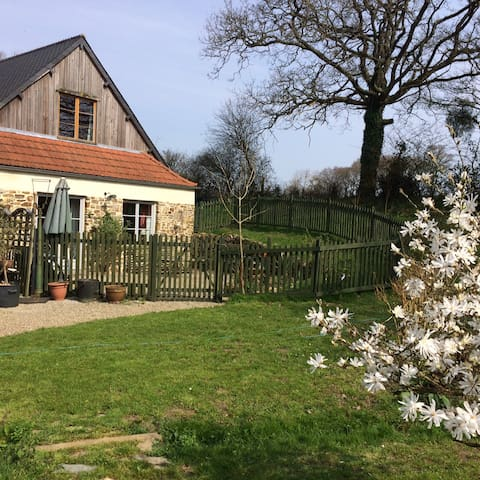 South-facing country apartment with terrace - Cherbourg - Leilighet