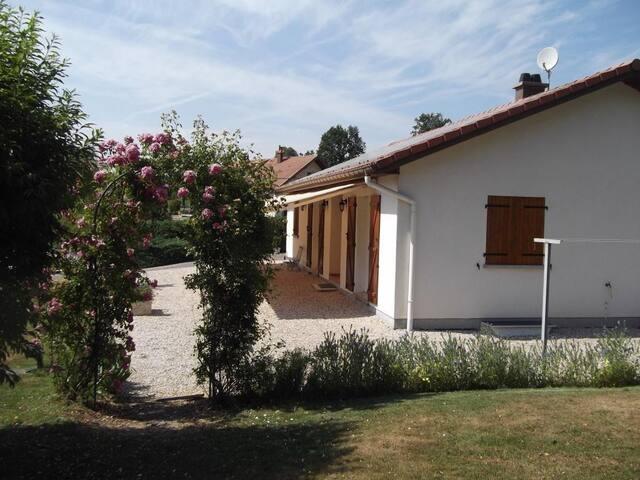 Calm house into mountains! - Aumontzey - Hus