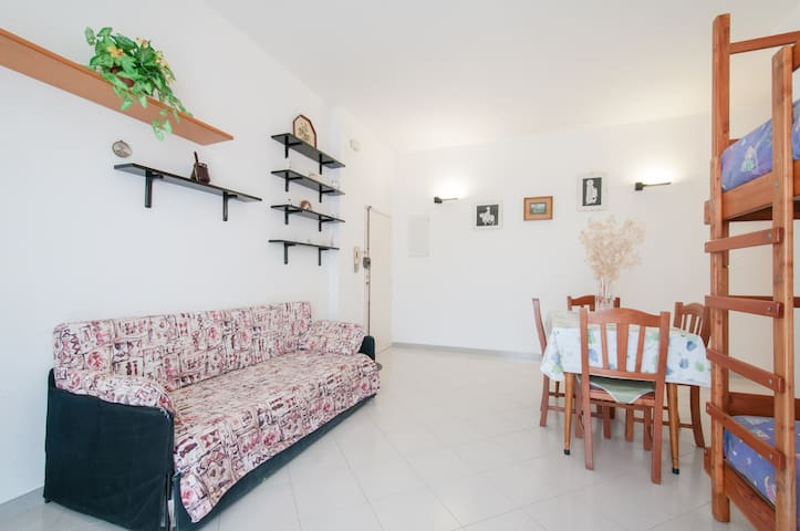 holiday apartment next to the sea - Bisceglie - Apartament