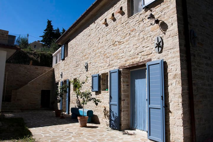 LA Casa del Cinghiale - Serra San Quirico - Huis