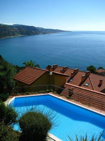 Sea-side holiday house in Mortola - Mortola Inferiore - Dům