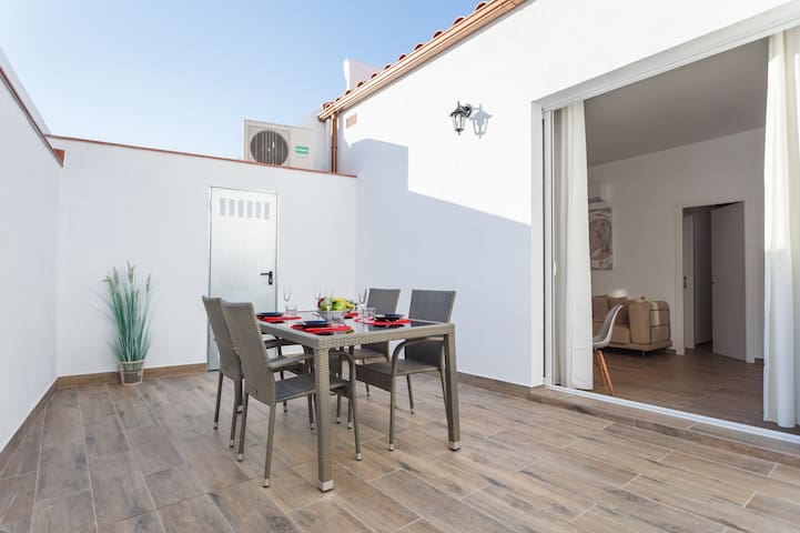 20km from Barcelona and next to the beach, terrace - Mataró - Diğer