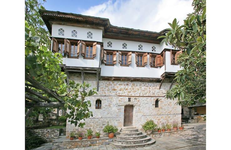 THE MANSION - Vizítsa - Villa