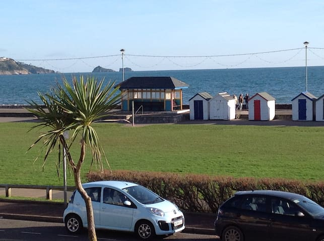 Beautiful beachside apartment with stunning views - Paignton - Lägenhet