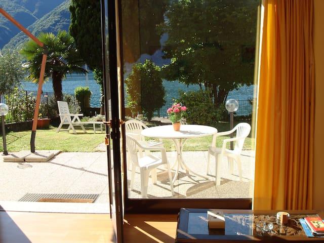 House Le Palme directly on the Lake Lugano - Cima - Apartamento