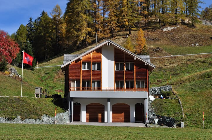 Komfortables, modernes 4-Sterne Haus - Marmorera - House