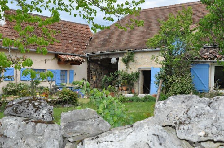 Blue House, restored old farm, Quercy, south west - Limogne-en-Quercy - Ev
