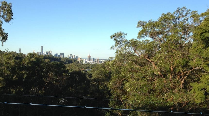 New Mt Coot-tha House near Gardens and Forest Park - Toowong - 獨棟