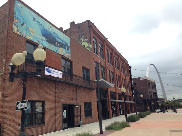Beautiful Historic Loft updated new - St. Louis - Lägenhet