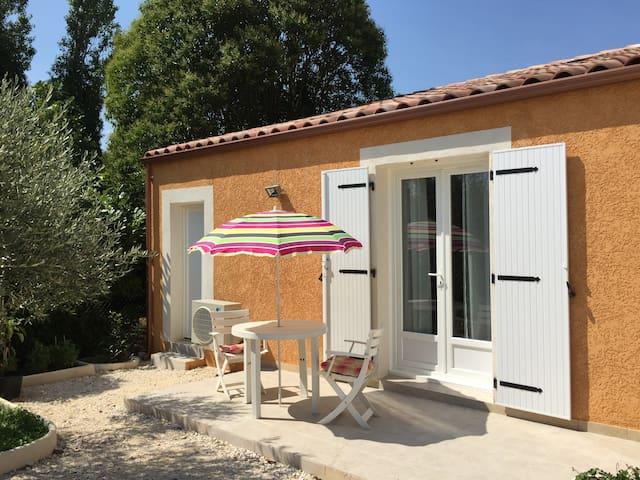 Studio à proximité des Cévennes - Saint-Privat-des-Vieux - Apartemen