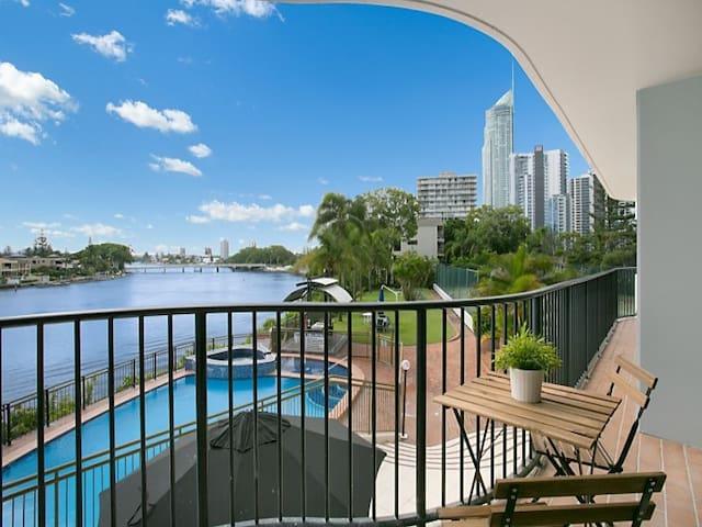 Surfers Paradise Riverfront - private twin room - Surfers Paradise - Apartemen